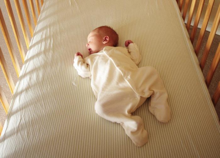 karyolada bebek