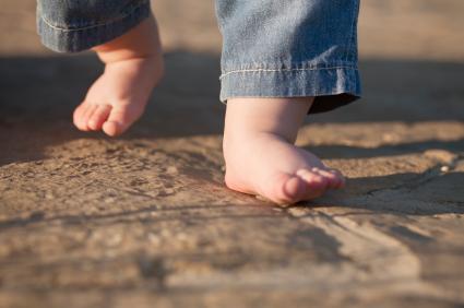 Bebeklerin 13-24. aylarda kazanabileceği beceriler