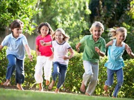 Çocuklar neden her gün dışarıda oynamalı? Çocuklar için temiz havanın faydaları