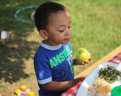 12 adımda yemek seçmeyen bir çocuğunuz olsun